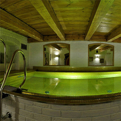 Swimming pool ans saunas
